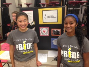 Students Tiffany Zhai '14 and Janani Perera '14