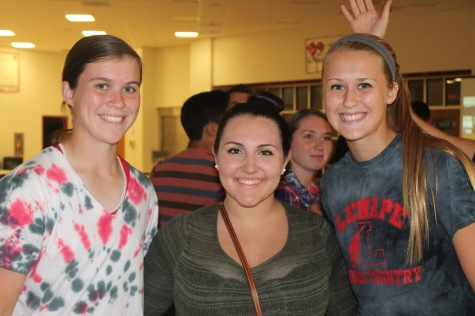NHS Potluck Supper Binds Seniors in Pursuit of Honor