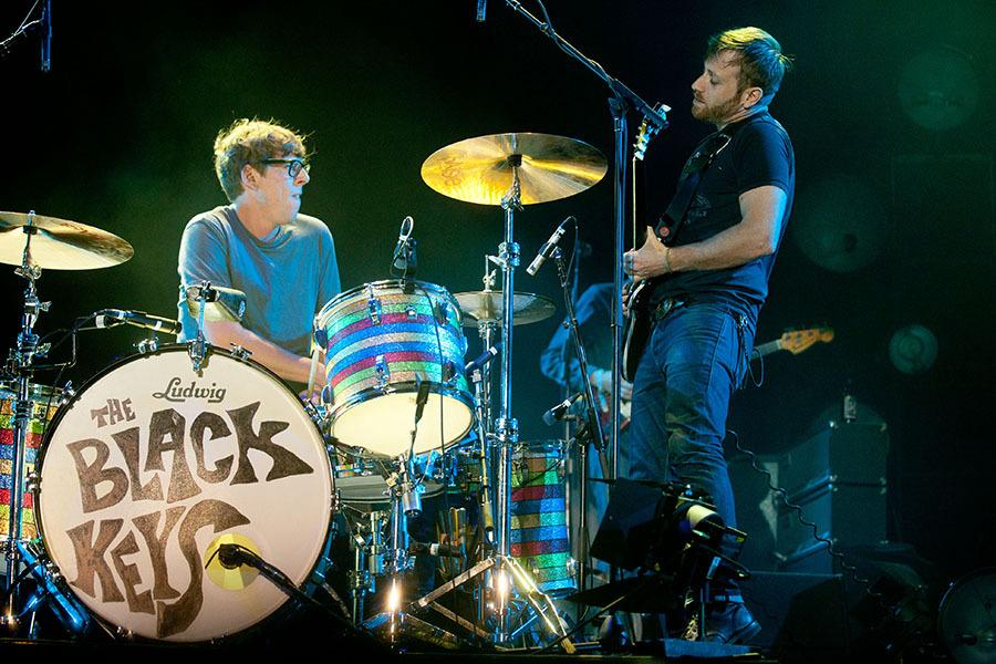 DOVER, DE - JULY 22:  Patrick Carney and Dan Auerbach of The Black Keys perform during the 2012 Firefly Music Festival at The Woodlands on July 22, 2012 in Dover, Delaware.  (Photo by Rob Loud/Getty Images)