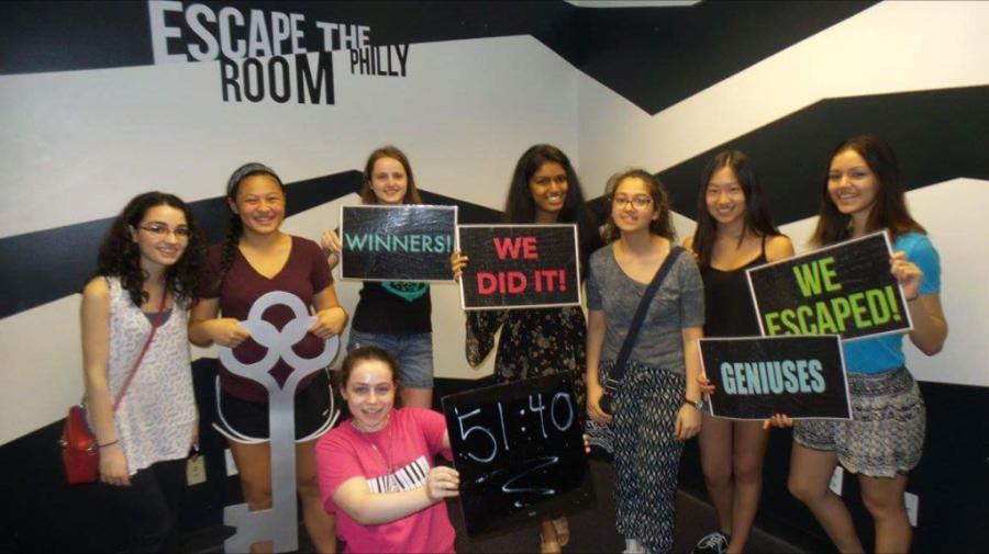 Alyssa Slovin, Kira Ota, Becky Michnowski, Anna Rodefeld, Sanjana Jampana, Rana Hussein, Christine Shi and Karolyn Ficken ('18) at Escape The Room