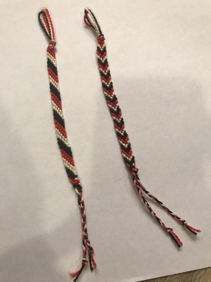 How to Make a String Bracelet